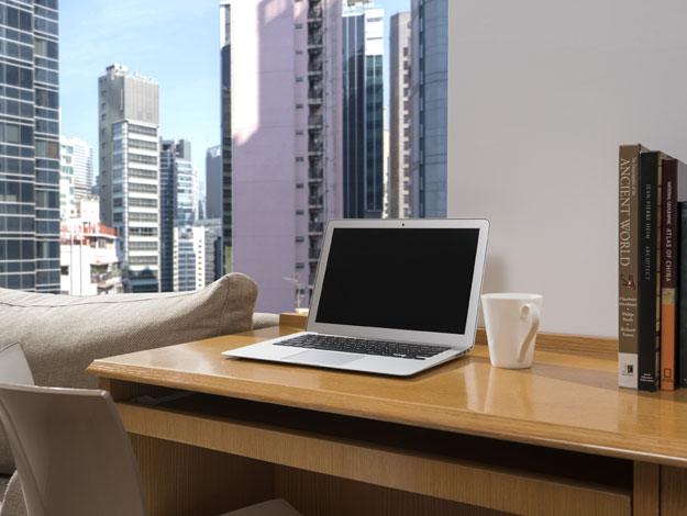 Shama Hollywood Hong Kong - One Bedroom with Terrace Work Desk